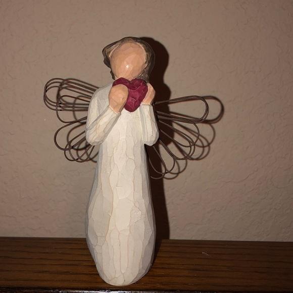 Willow Tree Figurine Angel of the Heart